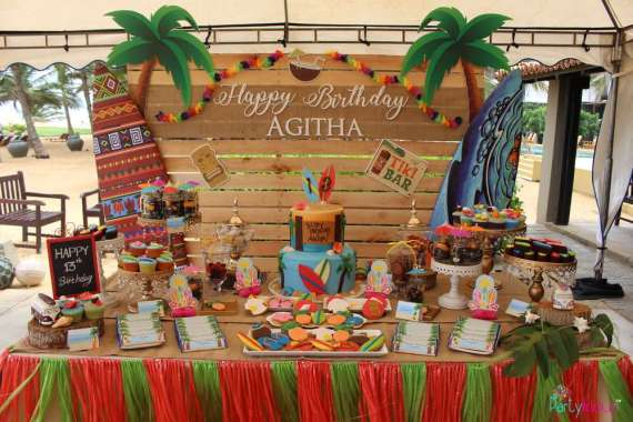 Tropical-Summer-Beach-Party-Desserts-Table