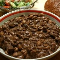 בקר ופטריות בסיר לבישול איטי