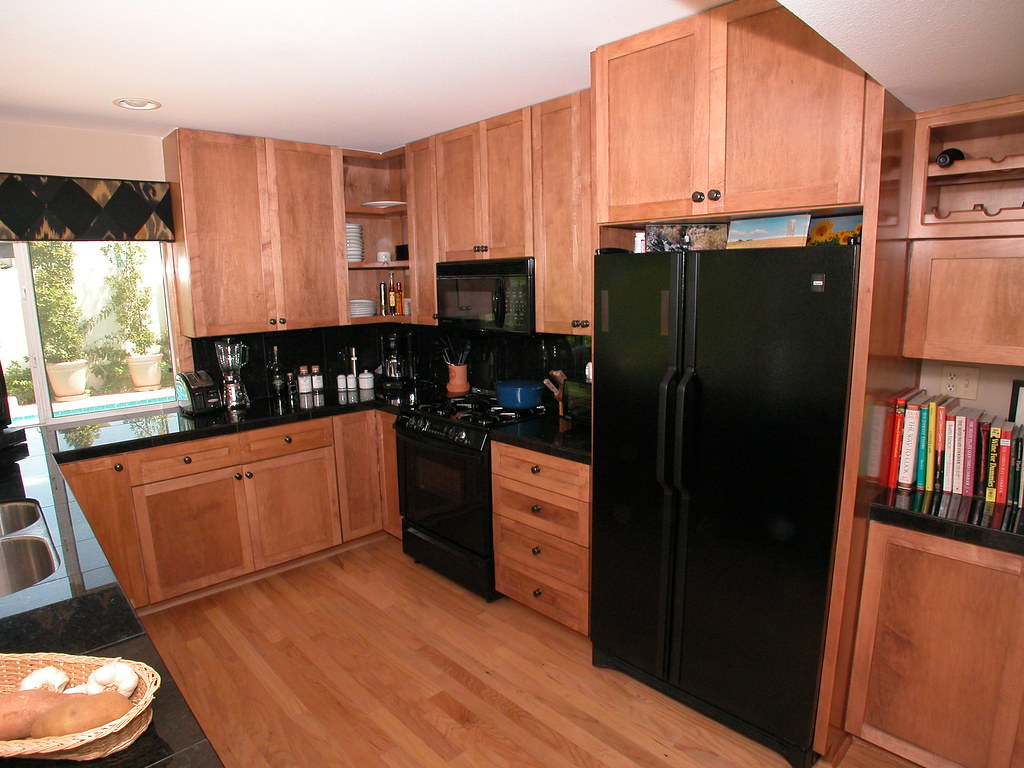 How To Clean The Kitchen Cabinets Cleaning Granite Countertops Granite Countertops