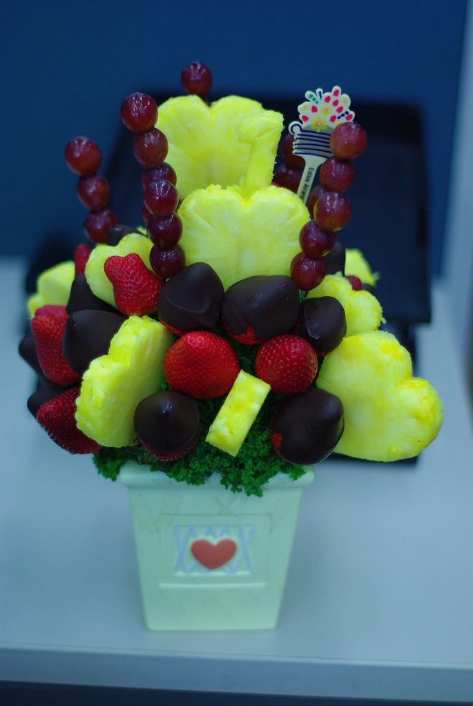 Birthday Flowers Edible Arrangements Fruit Bouquet : Fruit Bouquet - Black