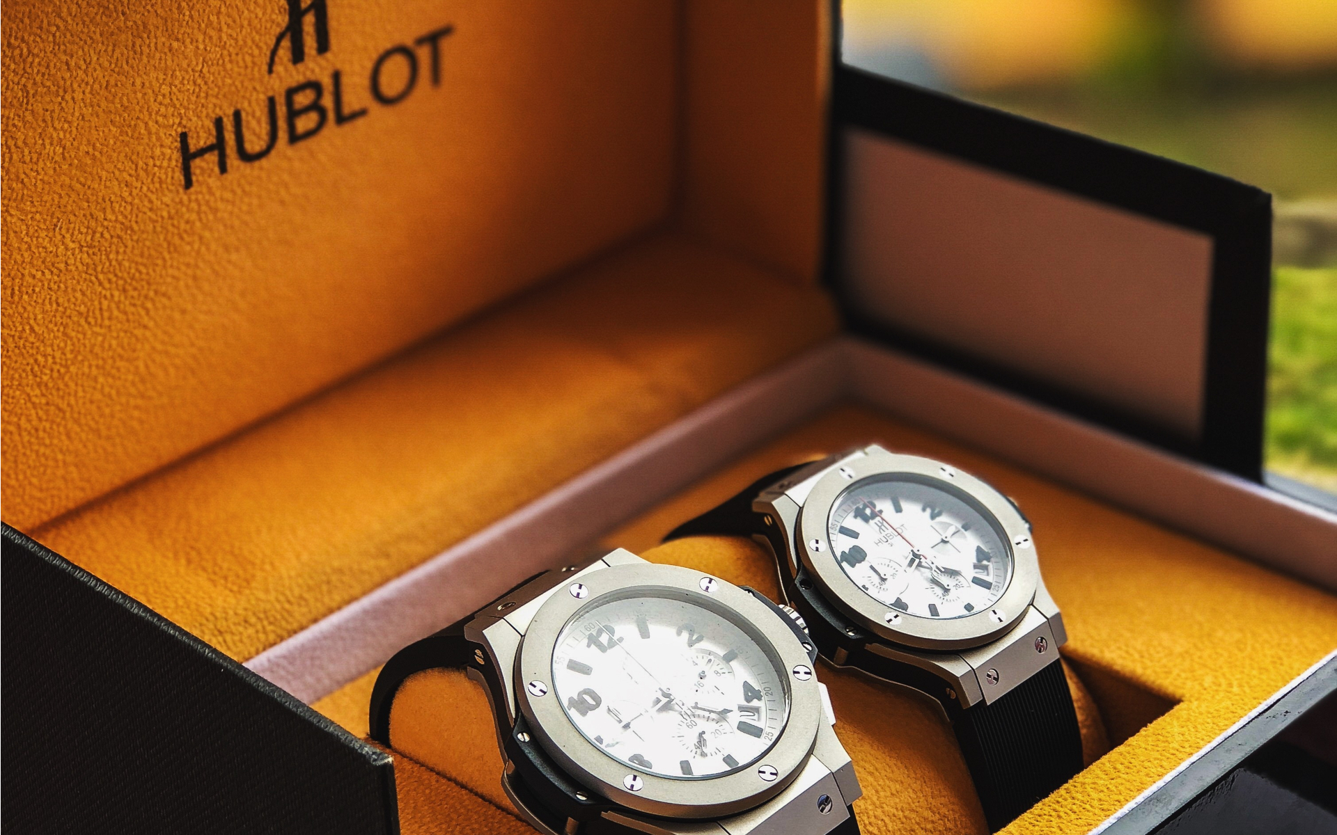 Uhr Hublot New 25 000 Hublot Blockchain Watch Buyable Only With Bitcoin