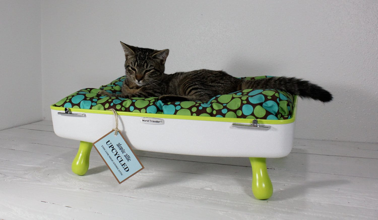 Nice Cat Furniture Upcycled Vintage Gear The Ultimate Pet Bed Upgrade Bit