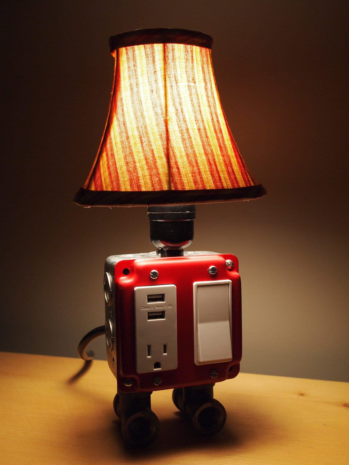 Cool Electrical Outlets Gadget Charger Table Lamps For A True Geek 39s Living Quarters