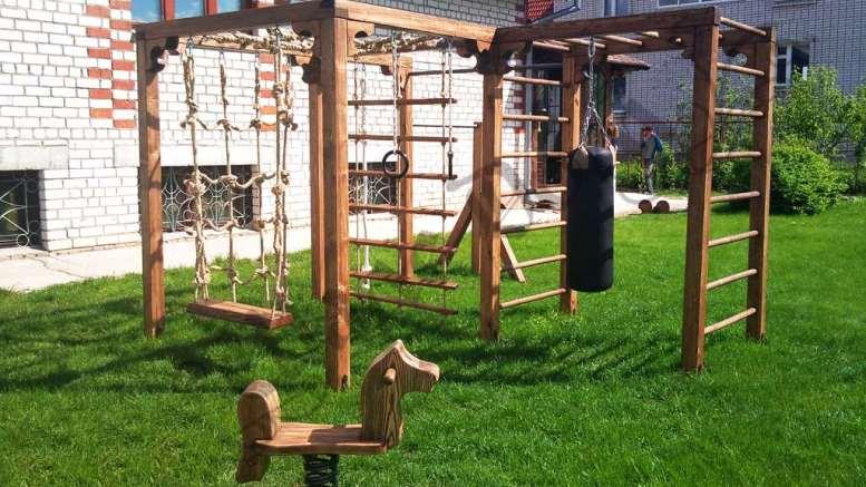 Как сделать спортивную площадку во дворе своего дома