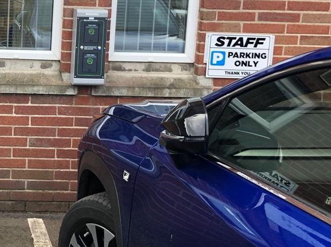 Car Manufacturers Vacancies Electric Vehicle Charging Points Installation