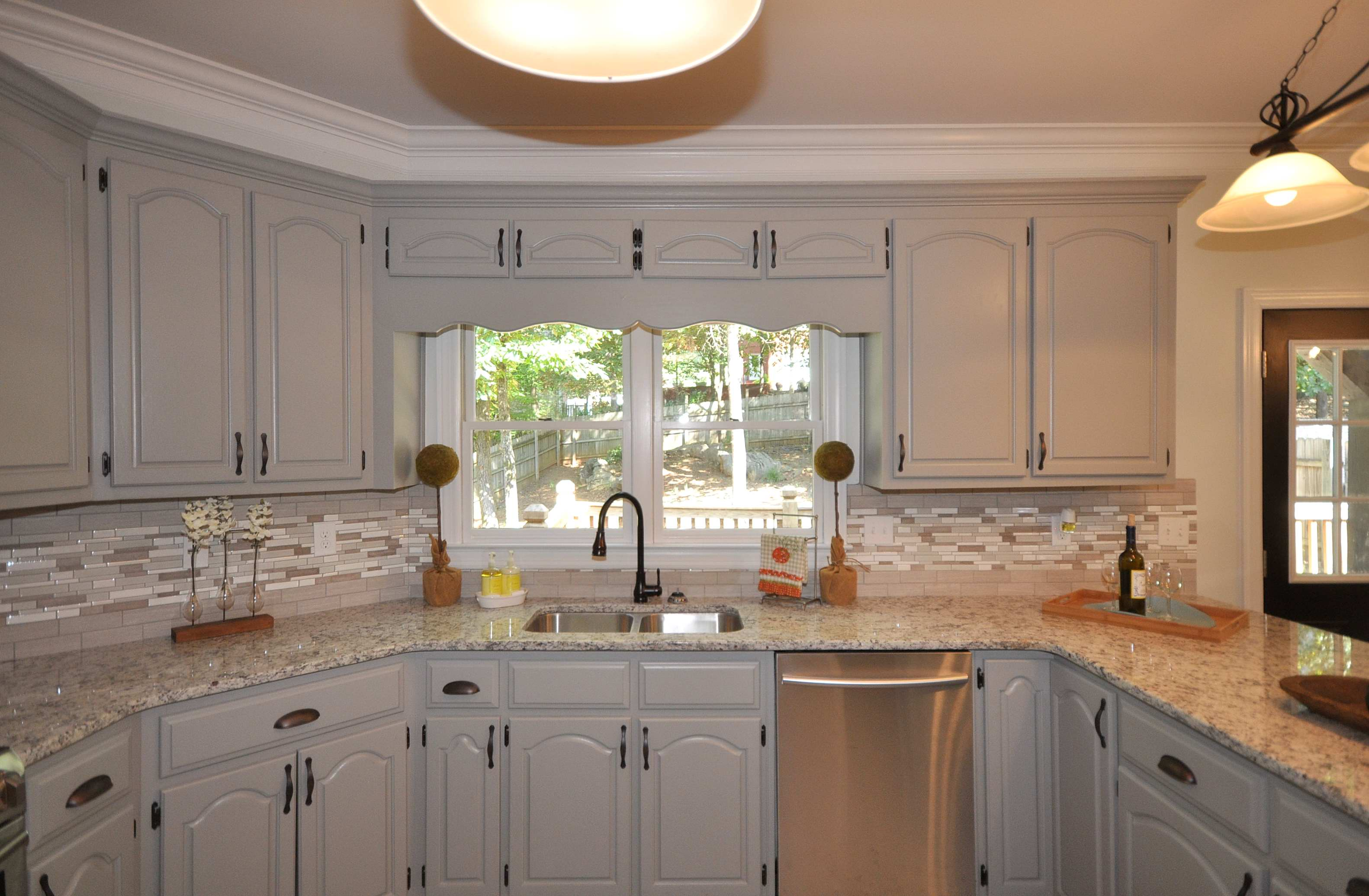 How To Update Kitchen Cabinets Updating Kitchen Cabinets Without Replacing Them Home Design