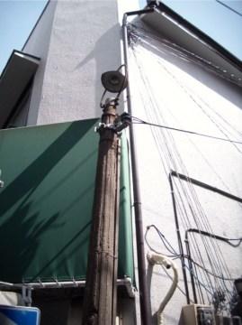 高円寺 電柱 上部