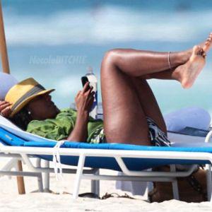 Kelly-Rowland-Miami-Beach