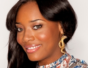 Love and Hip Hop Star Yandy Smith Shows f Her Fro on