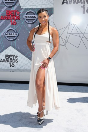 2016+BET+Awards+Arrivals+sT7Hxdp0gkjx