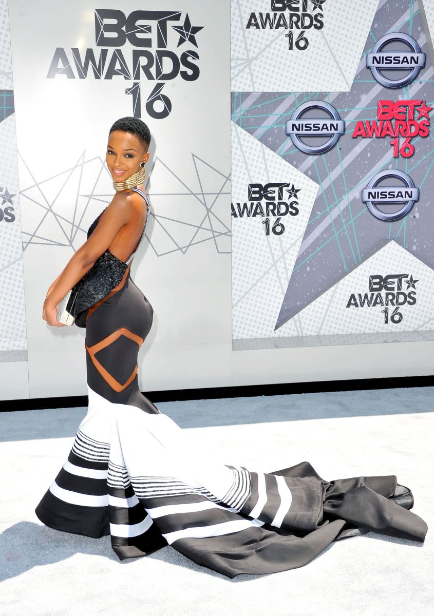 This is the Mystery Celeb Who Slayed the BET Awards Red Carpet
