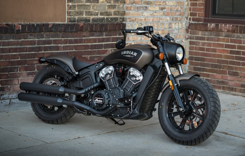 001gal_indian-scout-bobber-3012