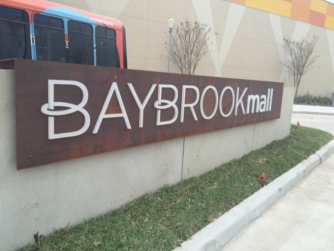Dave and Busters Friendswood is a part of Baybrook mall.