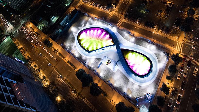 NIKE-unlimited-stadium-singapore-worlds-first-LED-running-track-designboom-02
