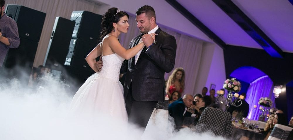 Save Money When Planning Your Wedding Music with These Tips Black