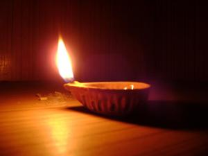 A Diwali lamp (Media credt/WikiMedia)