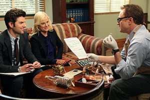 "Bradley Whitford guest stars as ""Parks"" pays homage to ""The West Wing"" on the first new episode after a five-week hiatus."