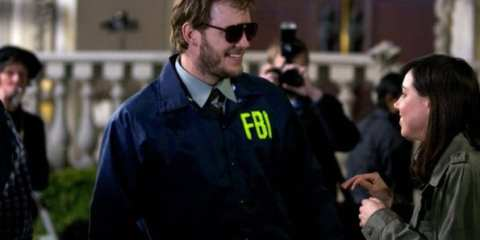 Andy's (Chris Pratt) alter-ego Burt Macklin is back and ready to neutralize a threat to Leslie's campaign.