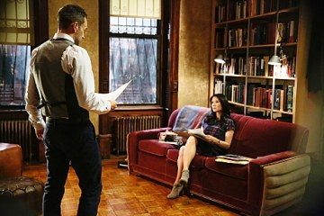 Sherlock (Jonny Lee Miller) and Joan (Lucy Liu) try to solve the case.