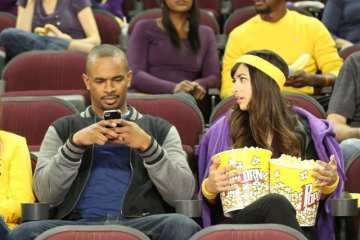 Coach (Damon Wayans Jr.) and Cece's (Hannah Simmone) date doesn't go as planned.