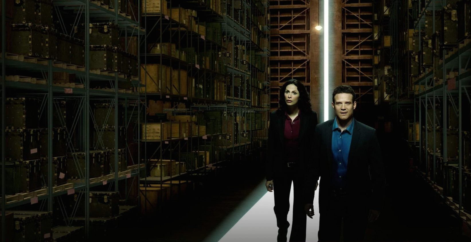 Kelly Warehouse Exclusive Warehouse 13 Cast Says Goodbye Promises