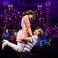 Dreamboats and Miniskirts at the Rhyl Pavilion [Review]