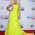 Nicki Minaj in Monique Lhuillier AMAs 2012