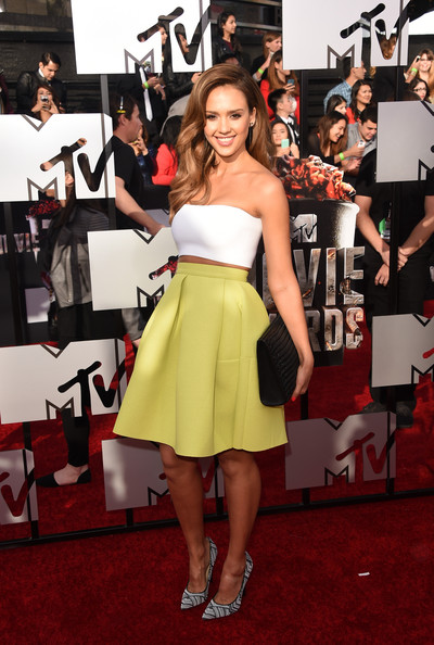 Jessica Alba on the red carpet at the 2014 MTV Movie Awards. Getty Images