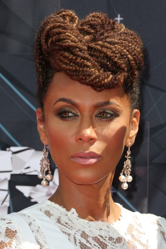 Nicole-Ari-Parker-BET-awards braids updo