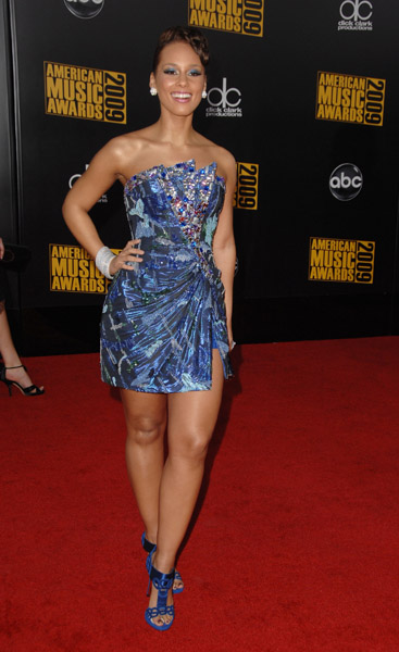 Alicia Keys Red Carpet 2009 AMA's Getty Images