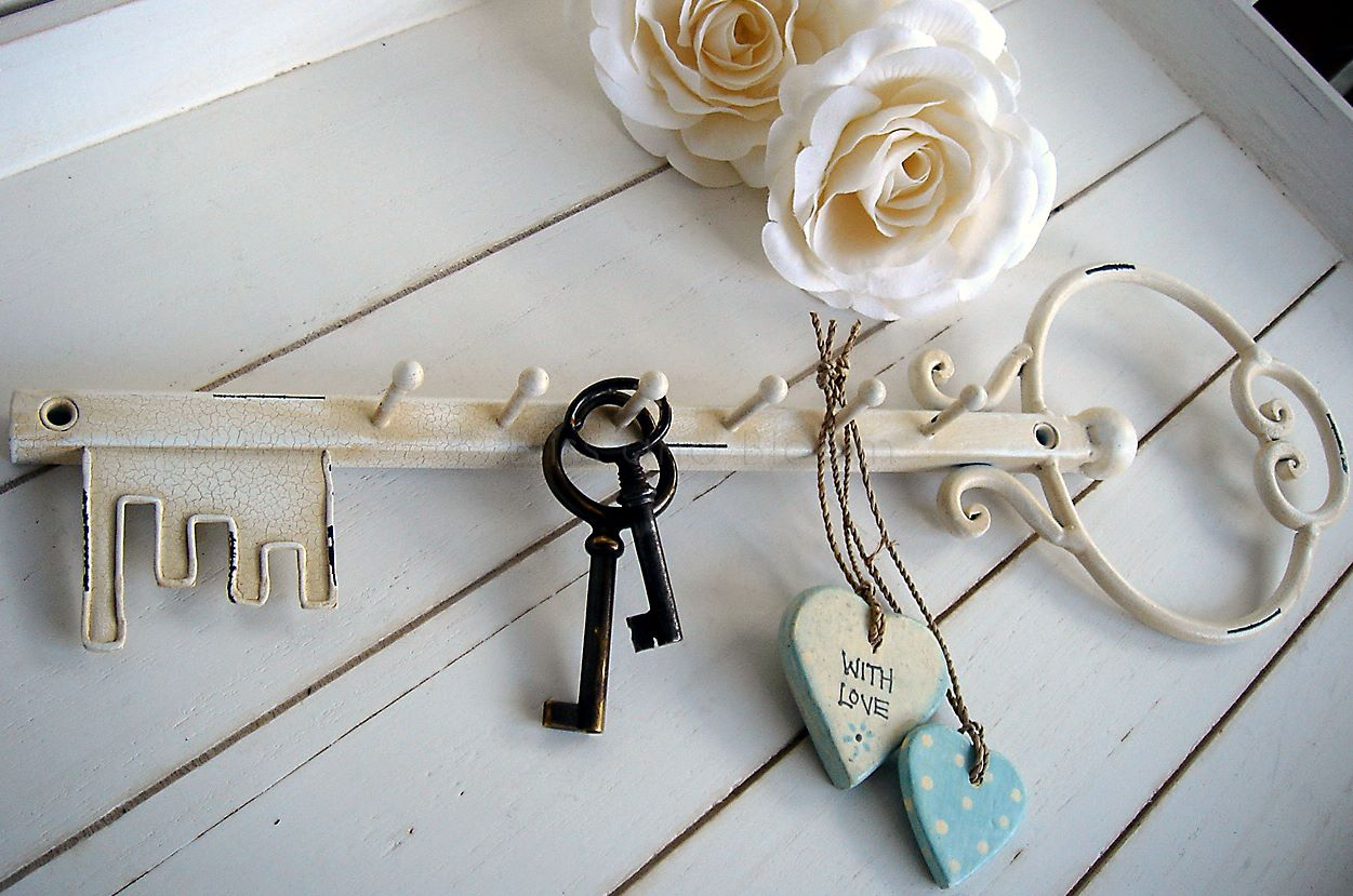 Key Shaped Key Rack Cream Key Shaped Key Holder Bliss And Bloom Ltd