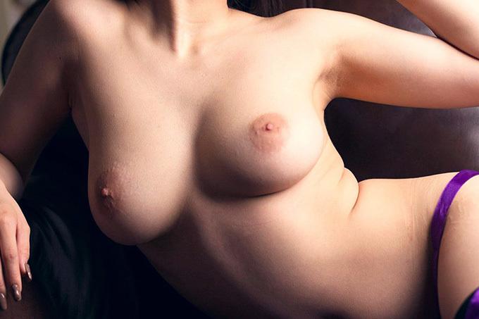 美乳は正義…綺麗なおっぱいエロ画像