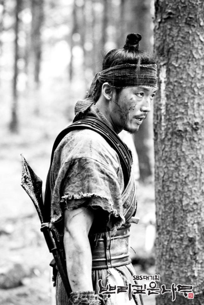 Entry10 『根深い木』hp フォトスケッチ 北方チェユン チャン・ヒョク 『根の深い木』 뿌리깊은 나무