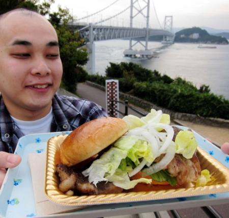淡路島の3千円高級バーガー、販売数1年で1800個。なぜ売れるのか