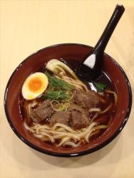 赤坂に台湾最大の「牛肉麺」チェーン、日本初上陸