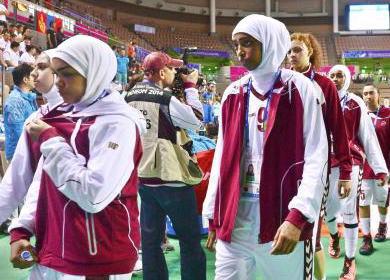 仁川アジア大会の女子バスケット、イスラム教徒の「ヒジャブ」着用禁止でカタール代表が試合を放棄 … 選手「大会前には着用可能と聞いていた」 → 広報「組織委は着用OKしたはず」