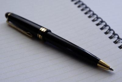 頭がいいやつはノートやメモ書きの「字が汚い」