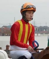 【競馬】 落馬事故で意識不明の重体となり、今年引退していた本多正賢元騎手(30)が逝去