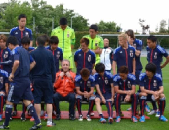 日本代表の10番=アディダスの契約選手