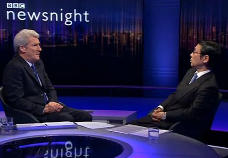 英BBCトーク番組で尖閣について舌戦 … 司会者「尖閣は中国にあげれば?世界を危険に陥れるほどの価値があるの?」 → 駐英日本大使「」