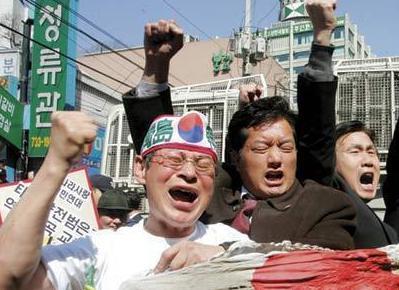 """朝日新聞記者「現在の""""嫌韓ブーム""""は、多くの日本人がネット等で韓国の『実像』に触れるようになったことが大きい」"""
