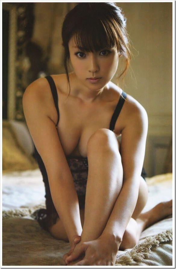 【画像】深田恭子とかいう30歳のBBAエッロすぎワロタwwwwwwwwwww