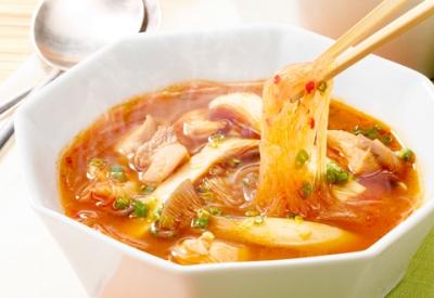 【悲報】水筒に春雨スープ入れて喰ってるのがバレた・・・・・・