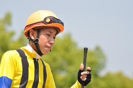【競馬】 中井裕二騎手って干されすぎじゃね?