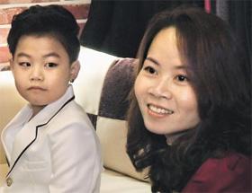 「リトルPSY」ことファン・ミンウ君(7) 母親がベトナム人ということだけで集中攻撃される