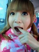 中川翔子 食事中に思わぬトラブル「卵のカラかとおもって食べちゃった、歯だった」