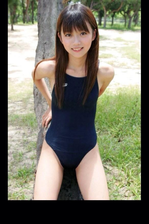 【画像あり】少ないけど可愛い女の子の「スク水・競泳水着」画像貼ってくぞwwwwwwww