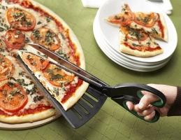 面接官「あなたがピザの配達人だとして、どのようにしてハサミから利益を得ますか」
