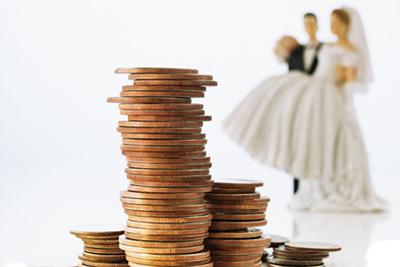 「金はあるから一生面倒見てくれる人を!」当時の私はお金に困っていたので、ありがたくこの話を受けることにした
