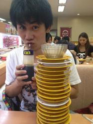 スシローで客がしょうゆ差しに直接口つけた画像投稿→愛知県内全店舗の醤油差し洗浄